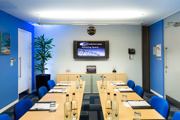 Medium boardroom 179