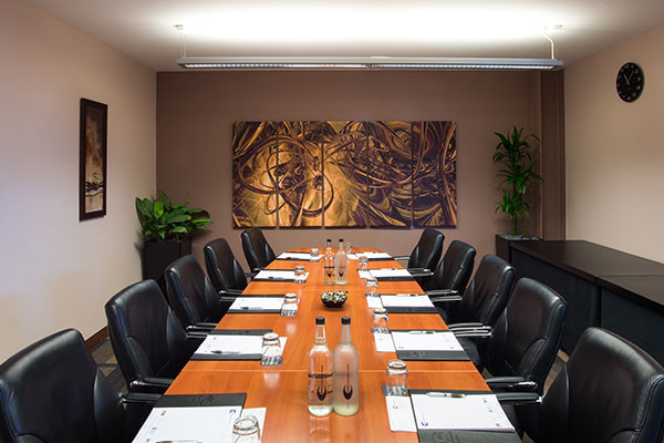 Medium boardroom 182
