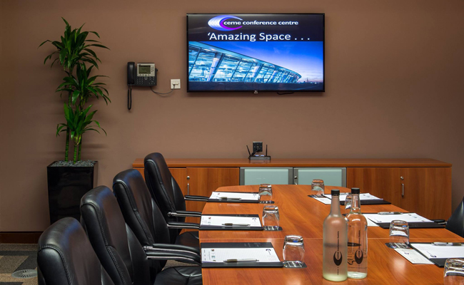 Executive meeting rooms near Woodford