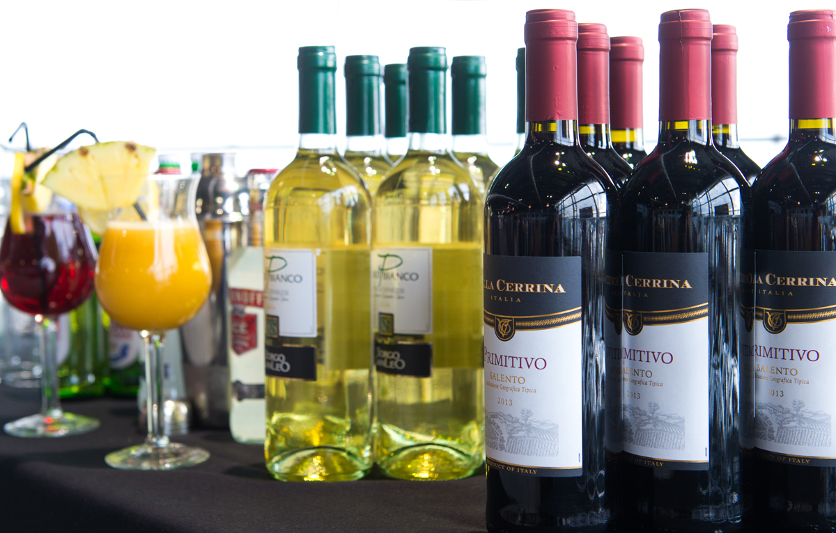 From fruit juice to wine, we can keep all your guests refreshed